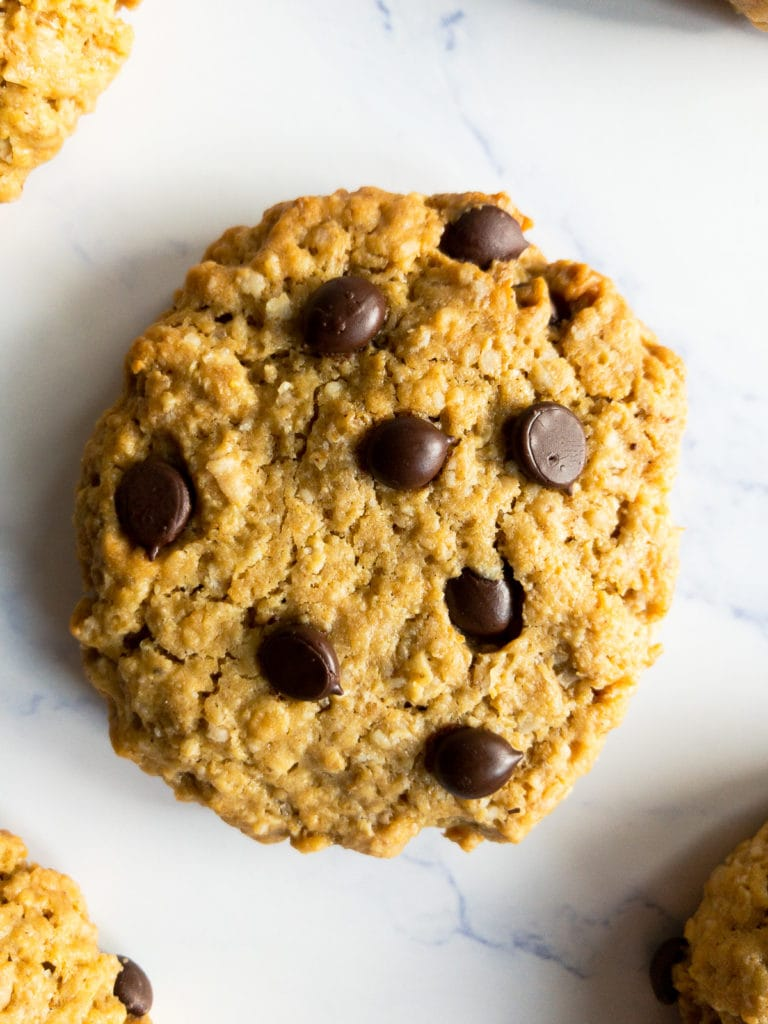 one peanut butter oatmeal chocolate chip cookie on a table